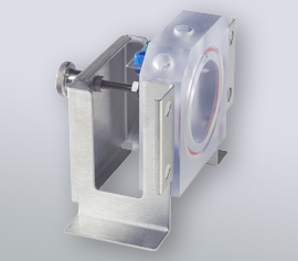 Detailaufnahme des Arbeitselektroden-Seitenteils nach Entfernung des Polycarbonat-Zellkörpers vor der Einrichtung eines Austauschzellkörpers mit Heiz-/Kühlmantel. Bohrungen ermöglichen einen Elektrolytvolumenaustausch.