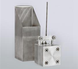 Hot Disk Probenhalter für Flüssigkeiten zur Aufnahme in Badthermostaten