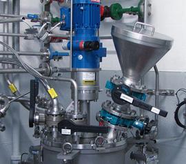 Reaktor Deckelplatte mit automatiseirten Ventilen, Hastelloy, ATEX