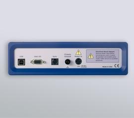 Interface-Geräteserie anschlussfertig für LabView-, Python-, VBA-, PowerShell-, C++-, C#- und VB.NET-Schnittstellen incl. schwebende Masse (galv. Trennung von der Schutzerdung) mit Analog-Ein- und -Ausgängen und incl. Pt1000 Eingang über das optionale Monitor-Breakout Board (Mini-Din Monitor-Connector)