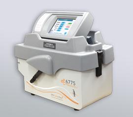 SPEX Kryomühle 6775 Freezer/Mill® geschlossen, Ansicht des LCD-Touchscreen Displays