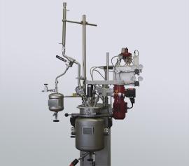 Druckfester Destillationsaufbau am Büchi kiloclave