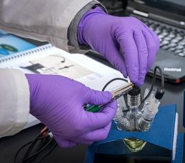 Korrosionsmesszelle Zelle und 2 Stück C1018 Baustahl Arbeitselektrode zur Bestimmung von Korrosionsraten bei verschiedenen pH-Werten